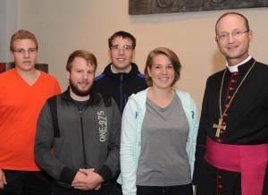 JugendBeimJugendbischof2015